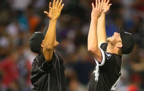 Cubs, White Sox predicted to make 2016 playoffs