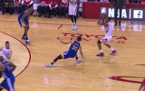 Curry's 2-week hiatus due to knee injury