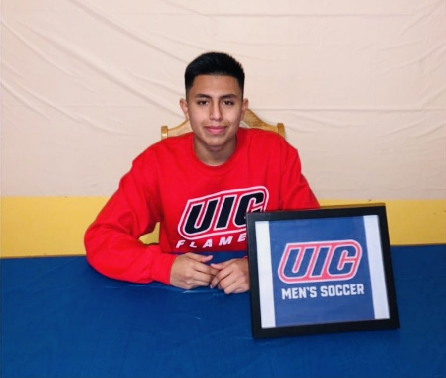 Senior Joshua Torres Commits to Play Division I Soccer at UIC
